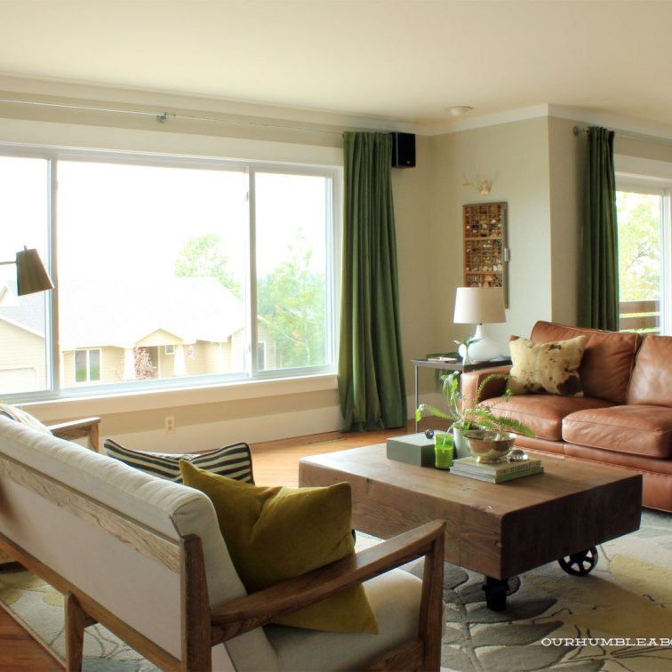 living-room-with-new-table-and-lamps