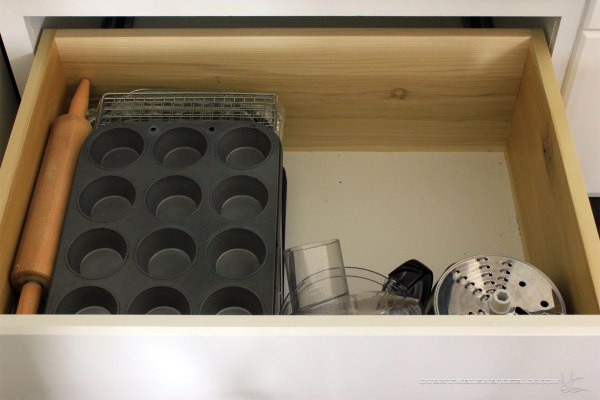 kitchen-drawer-baking-extras