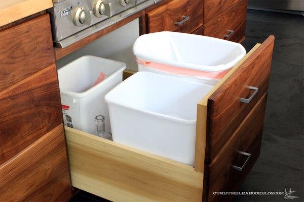 kitchen-drawer-trash