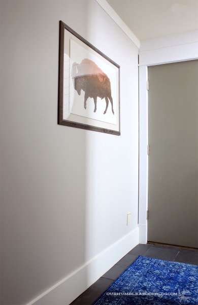 basement-blue-runner-bison-art