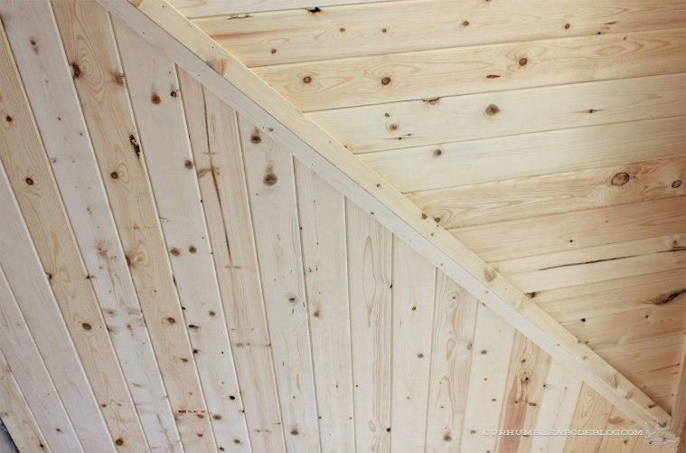 pool-house-pine-ceiling-peak