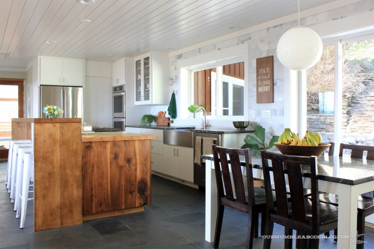 Five-Year-Home-Tour-Kitchen-with-Breakfast-Nook