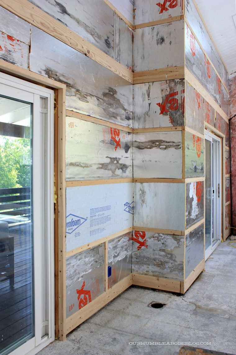 Pool-House-Front-Wall-Studs-and-Insulation