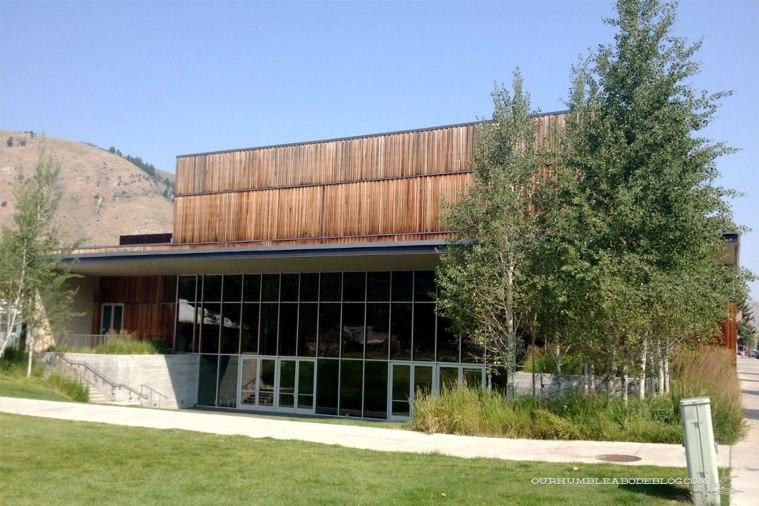 Art-Center-Back-in-Jackson-Hole-Wyoming