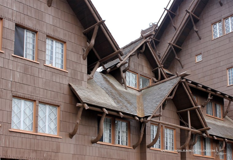 Old-Faithful-Lodge-Detail-in-Yellowstone-National-Park