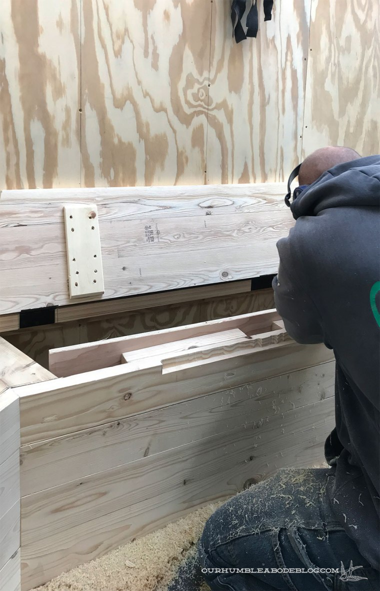 Built-in-Bench-Cutting-Handles