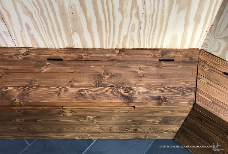 Built-in-Bench-Stained-Corner-Meeting
