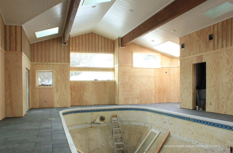 Pool-House-Tile-Install-Finished