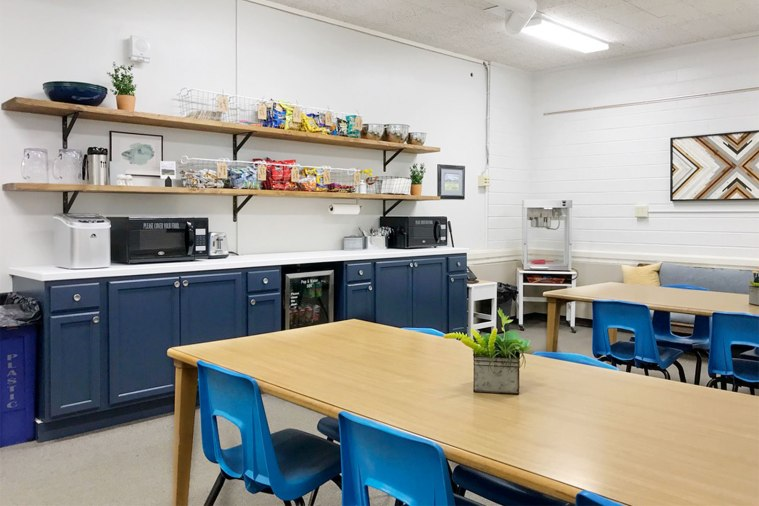 Teacher-Lounge-After-Cabinet-and-Shelf-Wall