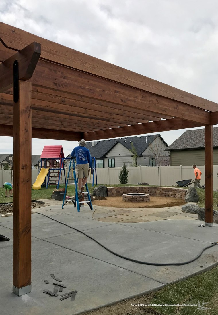 Pergola-Building-Joists-Up