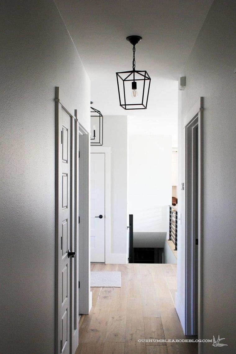Hall-Lantern-Pendant