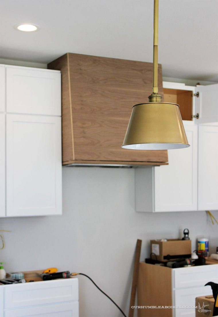 Vent-Hood-with-Pendant
