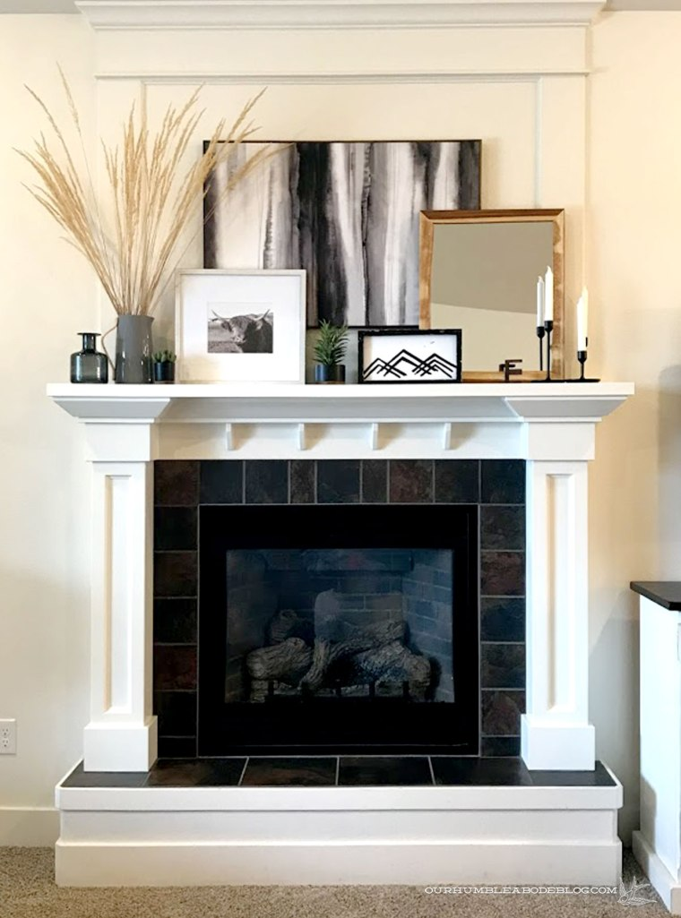 Mantel-Styling-Black-and-White-Full