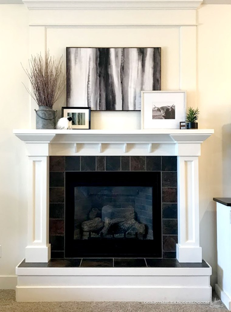 Mantel-Styling-Black-and-White