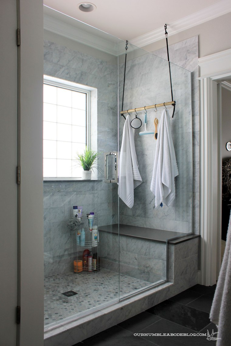 master-bath-with-laundry-shower