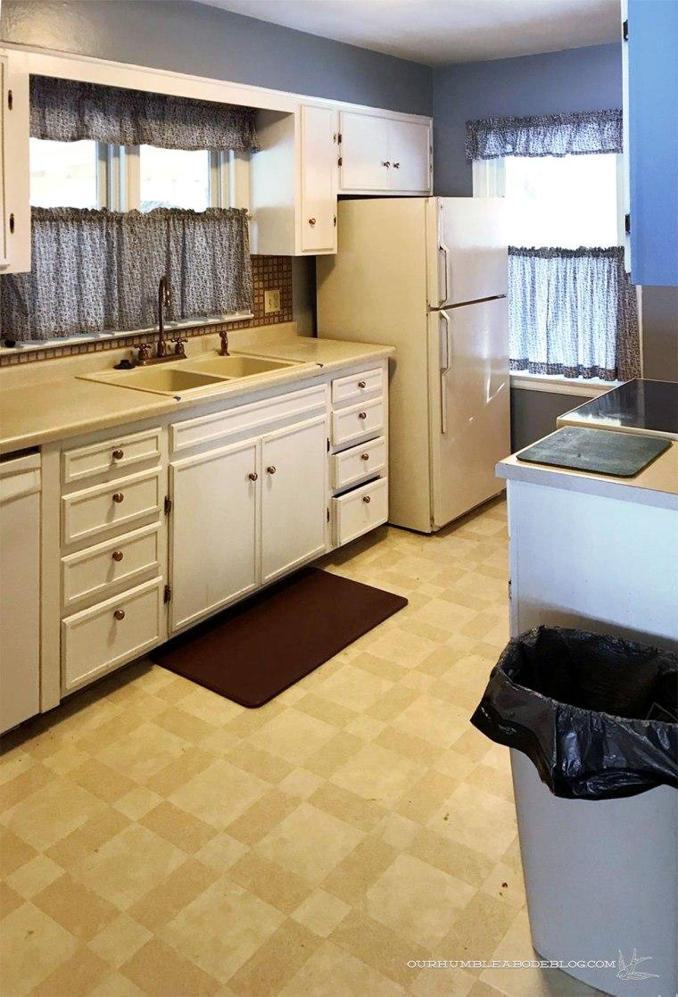 Cottage-Kitchen-Before